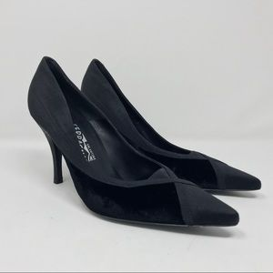 Salvatore Ferragamo Leather velvet pumps new